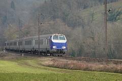 RER train @ Vaulx
