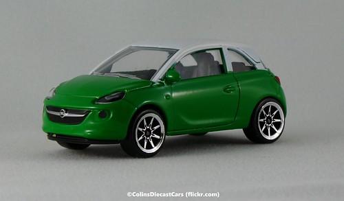 Majorette 1:64 Opel Adam r2