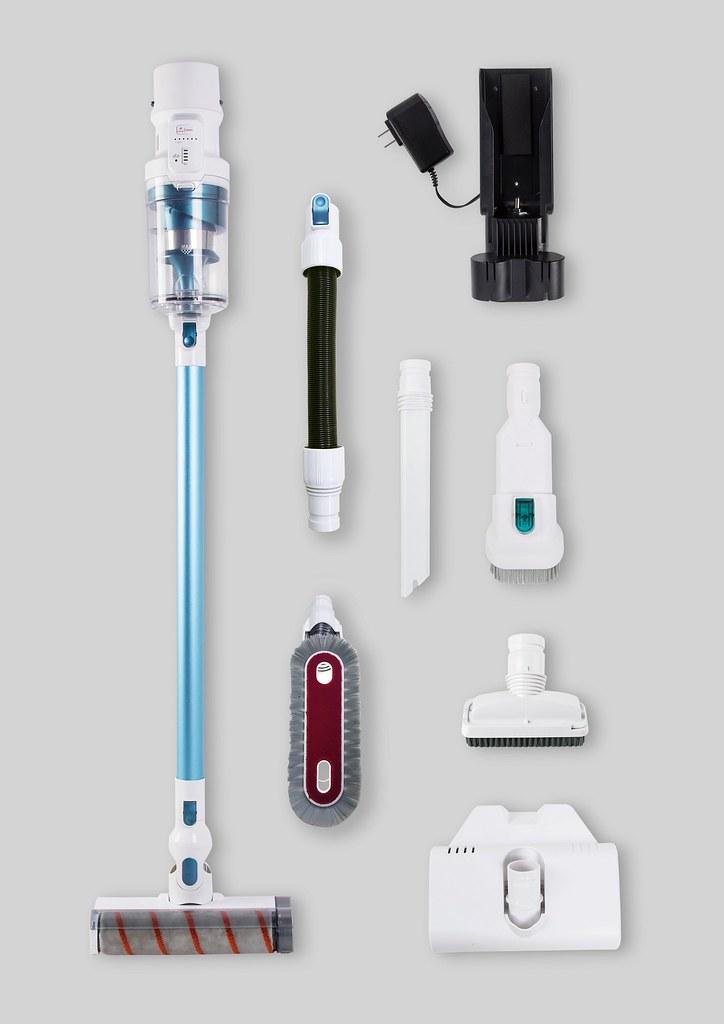 【新聞附圖5】Switle V11豪華大全配組標配多款吸頭供消費者自由替換,滿足環境清潔的多種需求。