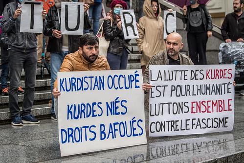 """""""Stop au fascisme de l'Etat turc"""""""