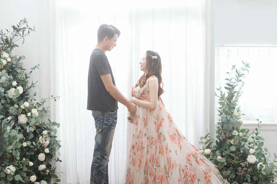 50011168803 61c2c6e7cd o 陪伴孕期的一家人|孕婦寫真