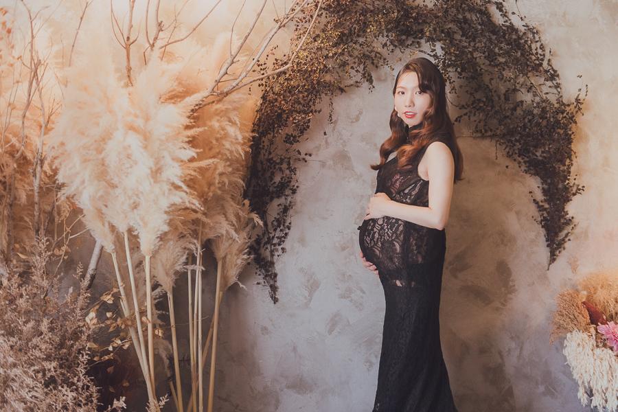 50011961797 ff1d51974e o 陪伴孕期的一家人|孕婦寫真