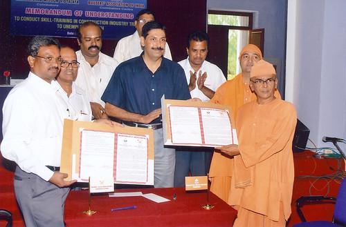 Memorandum of Understanding (MOU) Between ITI- SRKV and Builders Association of India, Coimbatore  MOU