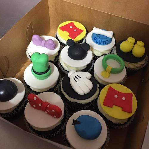 Cupcakes Chubby Cheek Cakes-23