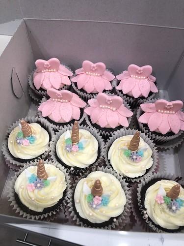 Cupcakes Chubby Cheek Cakes-5