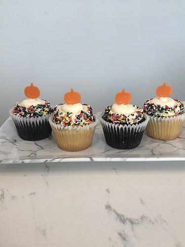 Cupcakes Chubby Cheek Cakes-33