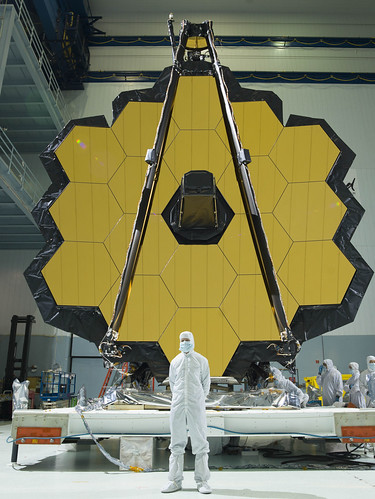 Paul Geithner in front of the James Webb Space Telescope