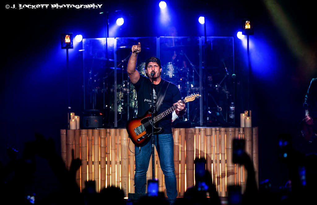 Billy Currington images