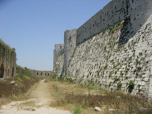 075 Crac entre muralles