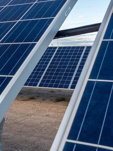 Solar Panels are about to get orders of magnitude more efficient.
