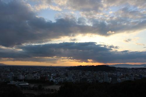 Le Soleil se couche sur Matsuyama (in explore)