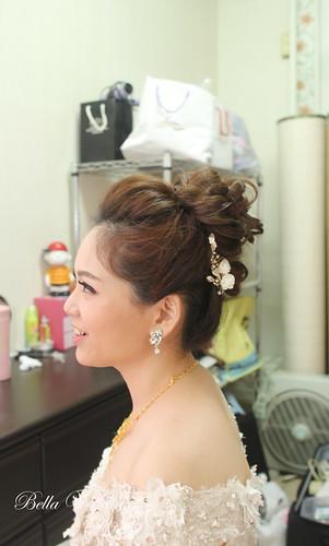 嘉義新秘,新娘秘書,新秘,婚紗造型,白紗可愛花苞迎娶造型 ,清透無暇妝感 ,韓風優雅造型