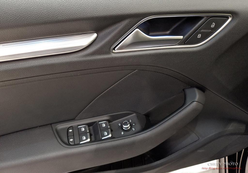 (chujy) Audi Q3 40TFSI quattro, A3 35 TFSI - 24