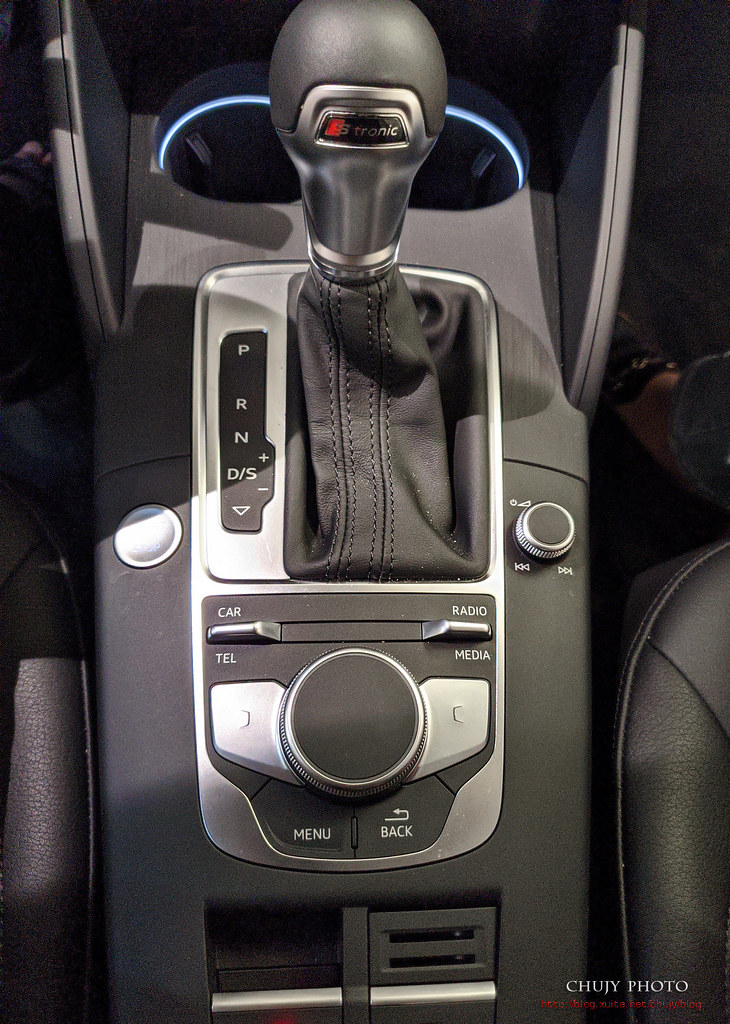 (chujy) Audi Q3 40TFSI quattro, A3 35 TFSI - 34