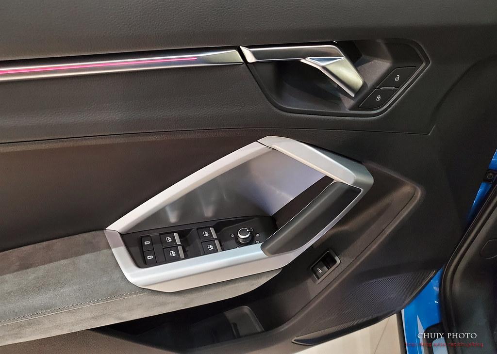 (chujy) Audi Q3 40TFSI quattro, A3 35 TFSI - 7