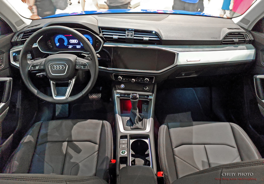 (chujy) Audi Q3 40TFSI quattro, A3 35 TFSI - 19