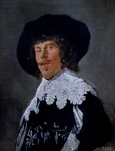 IMG_6610 Frans Hals 1582-1666. Haarlem.   Portrait of a Young Man  in a black jacket. vers 1633.  Dresde. Gemäldegalerie alte meister.
