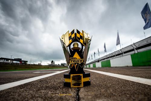 27/06/2020 - Histórico troféu da retomada da Copa Truck - Fotos: Duda Bairros