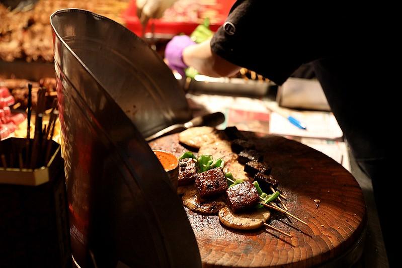 中和廟口烤肉攤全程碳烤不油炸排隊人氣美食51