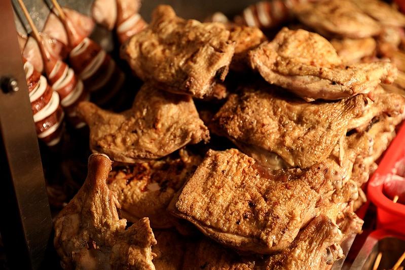 中和廟口烤肉攤全程碳烤不油炸排隊人氣美食41