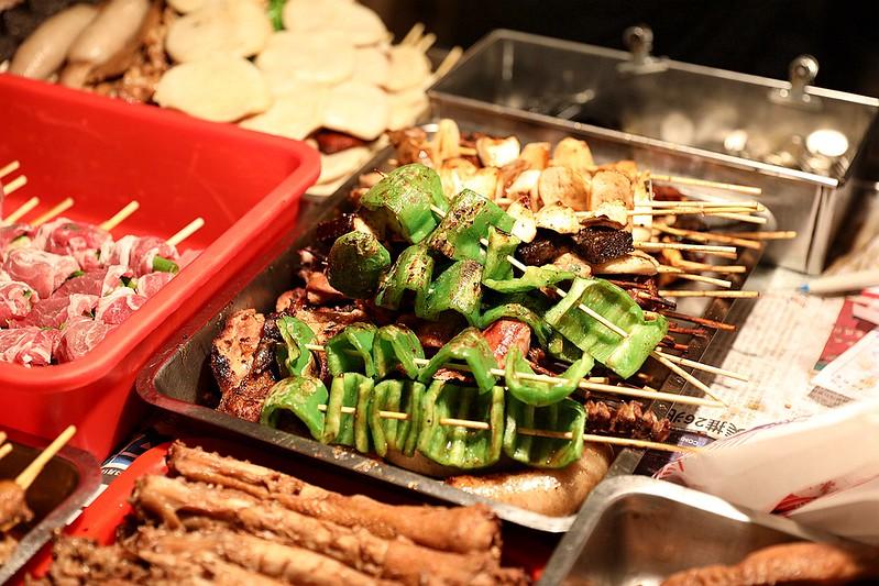 中和廟口烤肉攤全程碳烤不油炸排隊人氣美食31