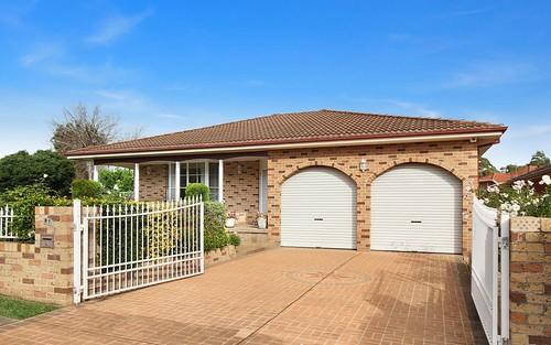 1 Loddon Cl, Bossley Park NSW 2176