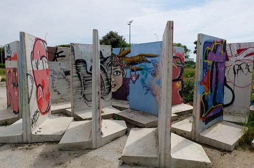 Graffitis La Rochelle, plaine de jeux Port Neuf