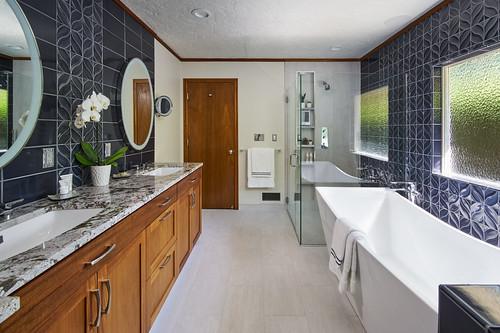 Andover Place Bath 002