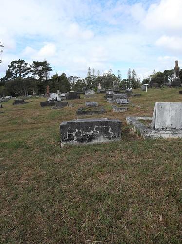 Presbyterian Division E, Row 13, Plot 28