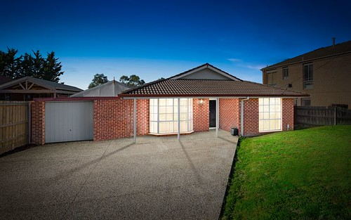 96 Grevillea Crescent, Hoppers Crossing VIC