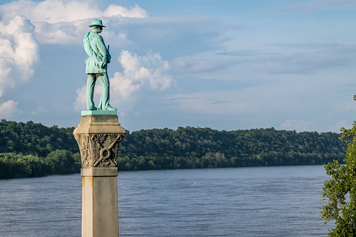 A generic Confederate soldier stands over this former Yankee-loving town of the Civil War