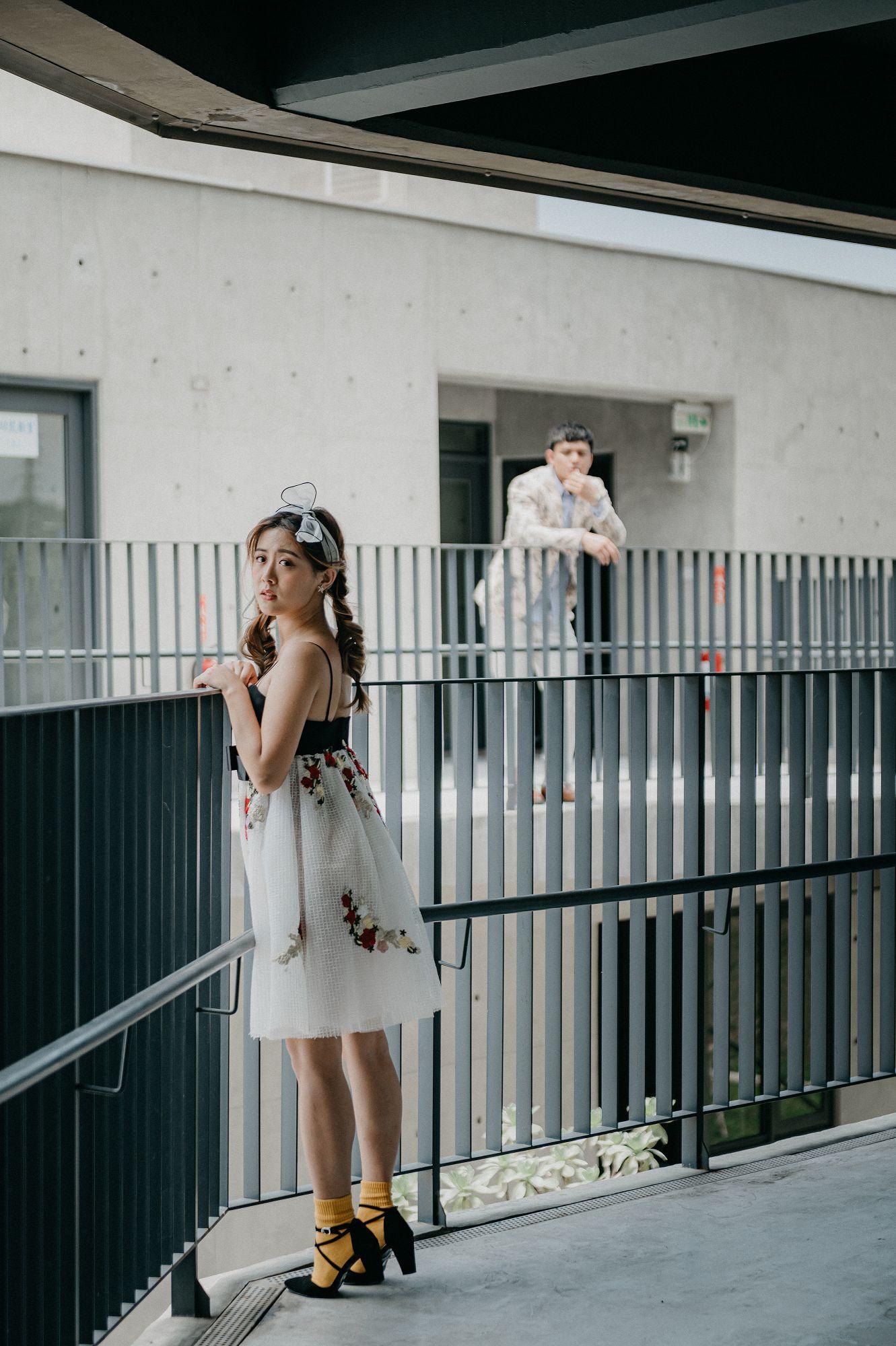 自助婚紗,婚紗攝影,台北婚紗,dionne,輕婚紗,新秘,新娘物語推薦,七顆梨,西服,旗袍,便服寫真,草漯沙丘,海邊,觀音,桃園,八里,十三行,