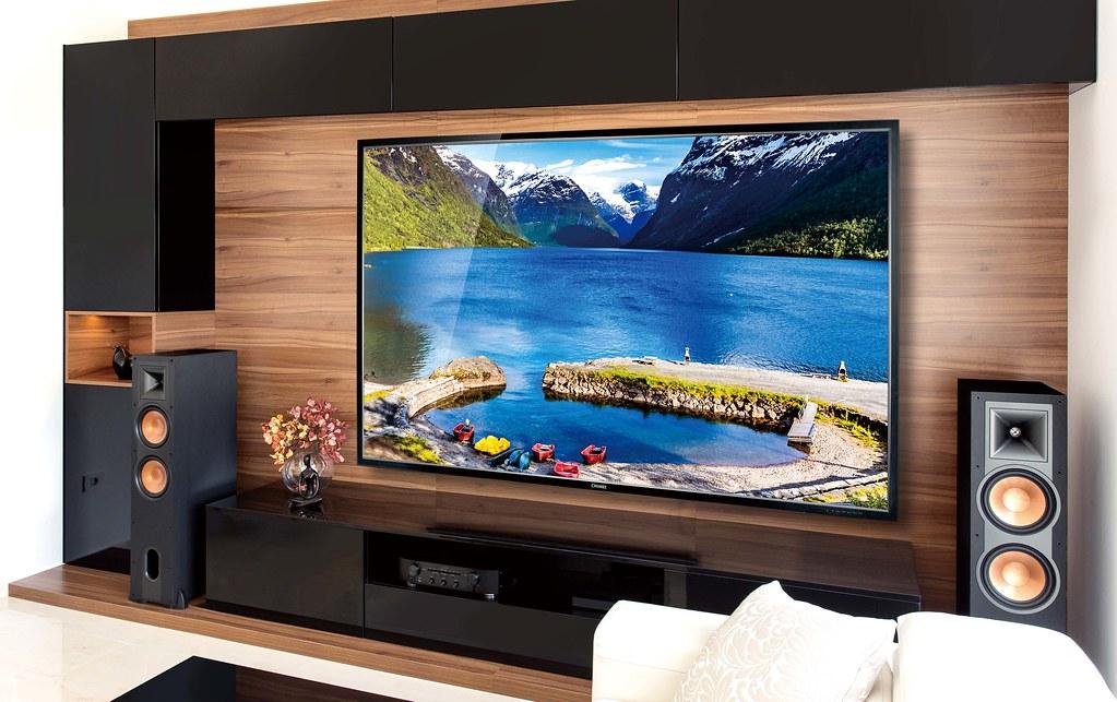 奇美家電大4K液晶顯示器86型(U750系列)寬廣大螢幕搭配遊戲機更能暢遊寬闊視野的極限超爽視覺感。