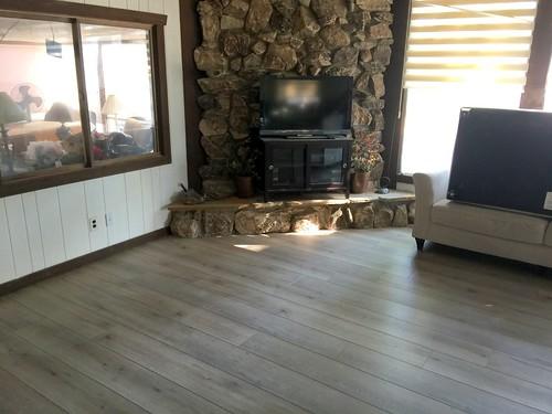 Lake Home laminate flooring 8-15-2018 (1)