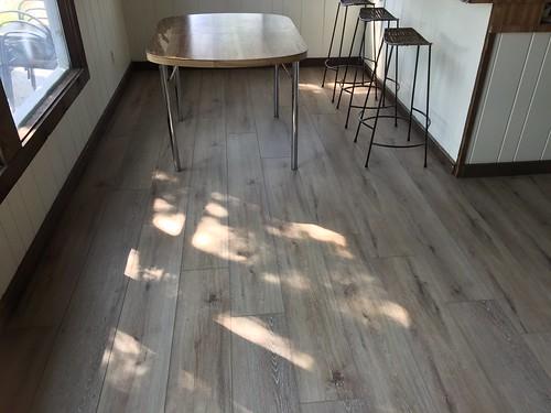 Lake Home laminate flooring 8-15-2018 (8)