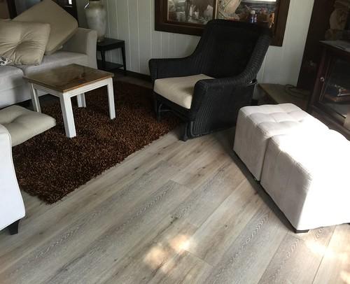 Lake Home laminate flooring 8-15-2018 (9)