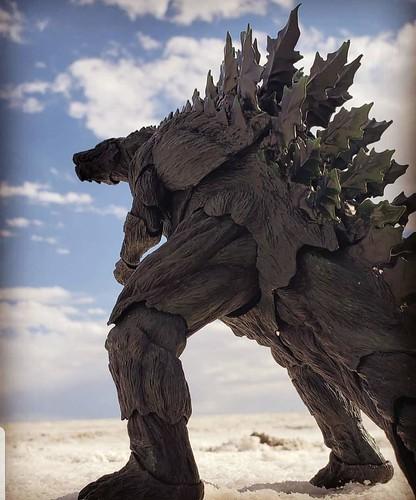 Henorium Toys-Giants and Gods