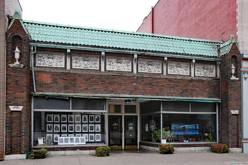 671 Main Street, Buffalo