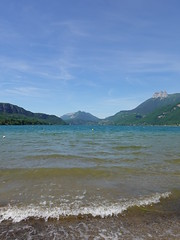 Waves @ Lake Annecy @ Plage de Doussard
