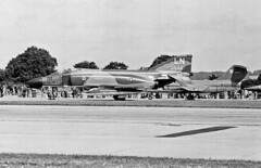 Photo of McDonnell F-4D Phantom II LN 650644