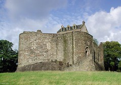 Photo of Dunstaffnage Castle