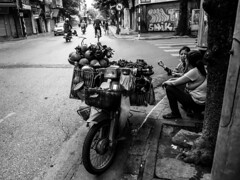 Hanoi Street 2018: Street Vendor
