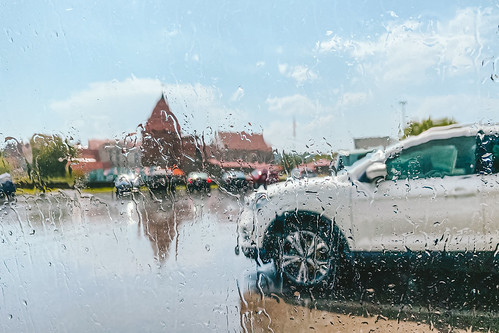 Raining | Kaunas