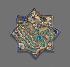Anglų lietuvių žodynas. Žodis star-shaped reiškia žvaigždės formos lietuviškai.