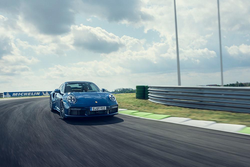 Porsche 200716-4