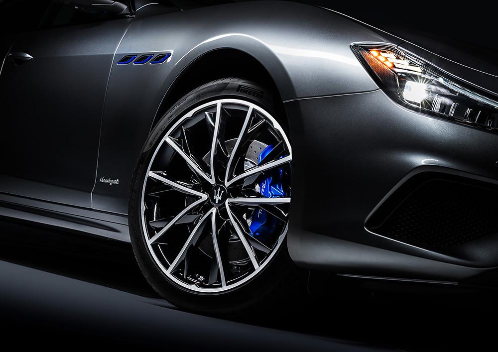 Maserati  200716-8