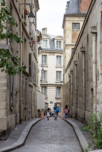 Rue Saint-Etienne du Mont, Paris, France