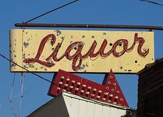 MI, Farwell-U.S. 10(Old) Rockwood Tavern Liquor Neon Sign
