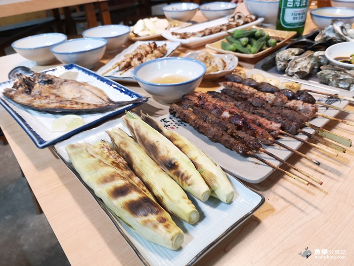 【馬祖北竿】忠漁原味海鮮碳烤|隱藏版巷弄美食 現撈海鮮 鬥酒碗出頭真多 @魚樂分享誌