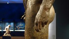 Antikythera Youth, hand